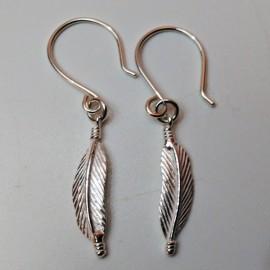 Pendientes de plata plumas