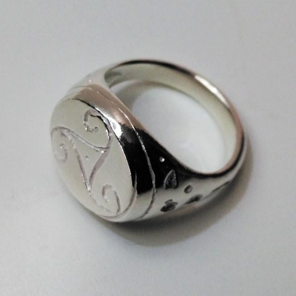 anillo celta trisquel