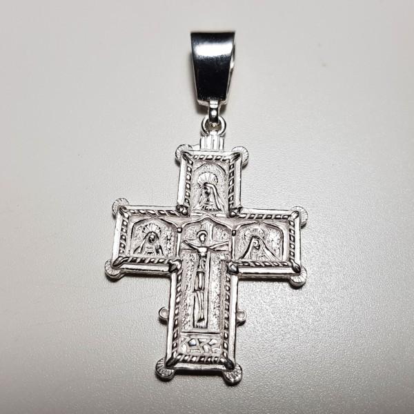 Cruz de plata retablo