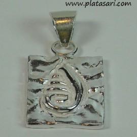 colgante de plata fosil concha