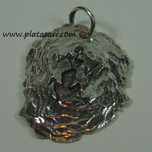 colgante de plata fosil oxido