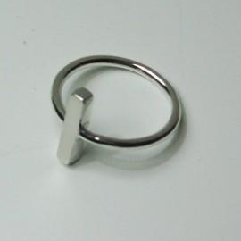 anillo de plata cruz