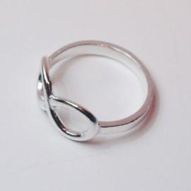 anillo de plata infinito