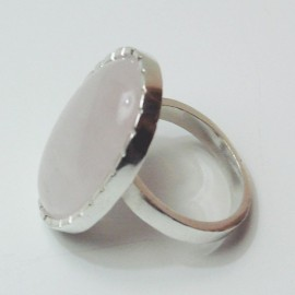 anillo oval con piedra